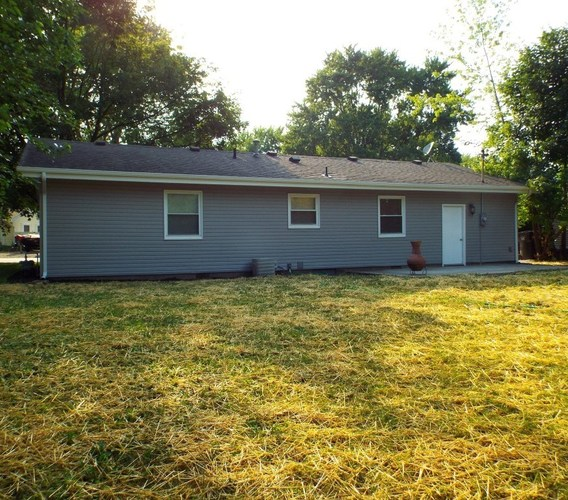 604 S Manor Drive Syracuse IN 46567-1823   MLS 202026526   photo 3