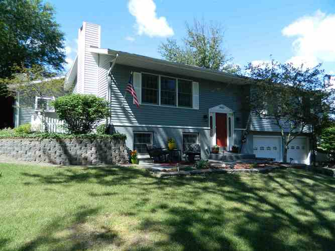 14053  Claire Lane Middlebury, IN 46540 | MLS 202026863