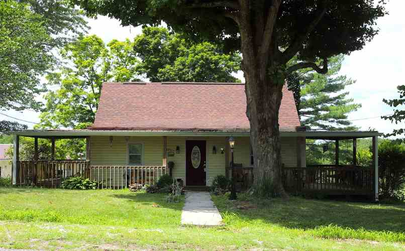 2358  MERIDIAN RD  Mitchell, IN 47446 | MLS 202027216