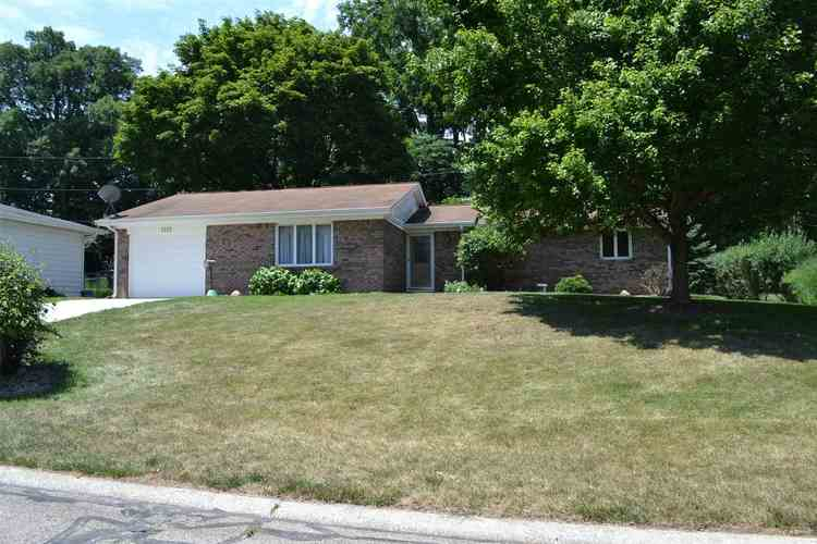 1110  Maxwell Avenue Monticello, IN 47960-1657 | MLS 202027539