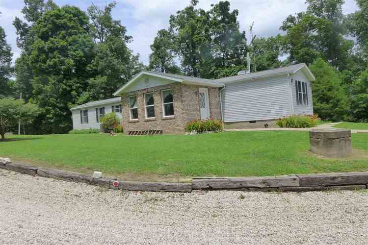 4652 S 600 E  St. Anthony, IN 47575 | MLS 202028274