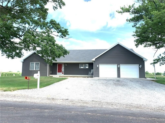 902 E 510 Road Crawfordsville, IN 47933-6703 | MLS 202028294
