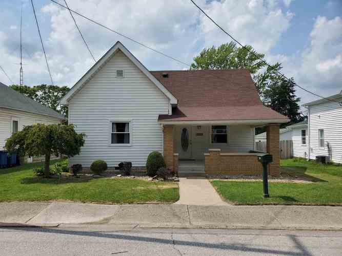 2121  Washington Avenue Bedford, IN 47421 | MLS 202028337