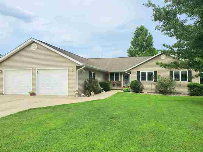 2208  26th Street Bedford, IN 47421 | MLS 202028390