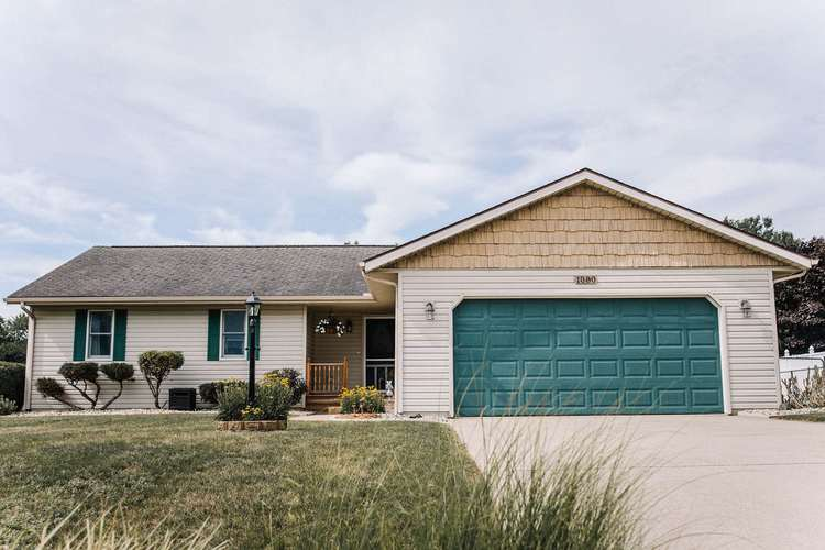 1080 E North Winds Drive Warsaw, IN 46582   MLS 202028395