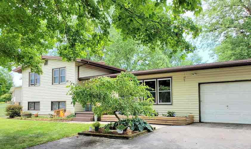 121  Rolling Hills Avenue Avenue Columbia City, IN 46725 | MLS 202028401