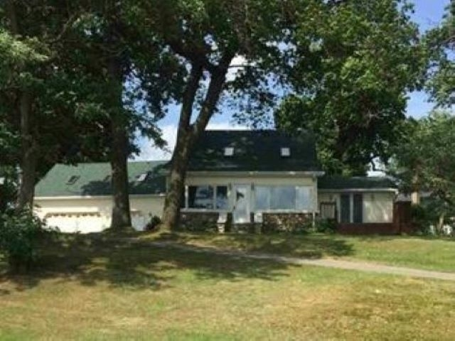 11995 E 600 N  Orland, IN 46703 | MLS 202028582