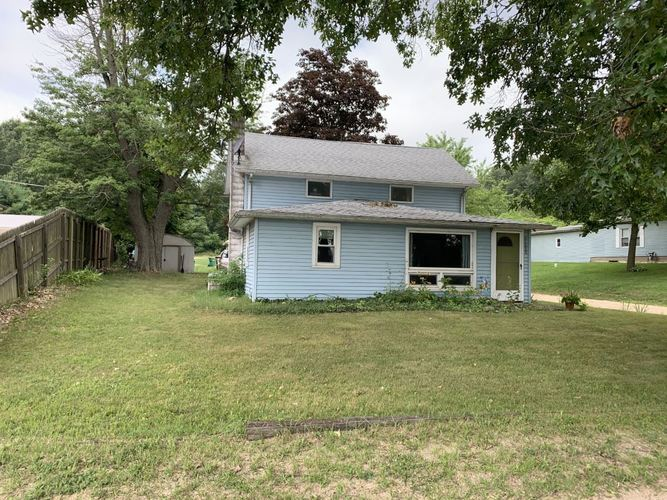 51639 E County Line Road Middlebury, IN 46540 | MLS 202028628