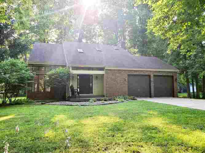 11087  Forest Drive Plymouth, IN 46563-9034 | MLS 202028824