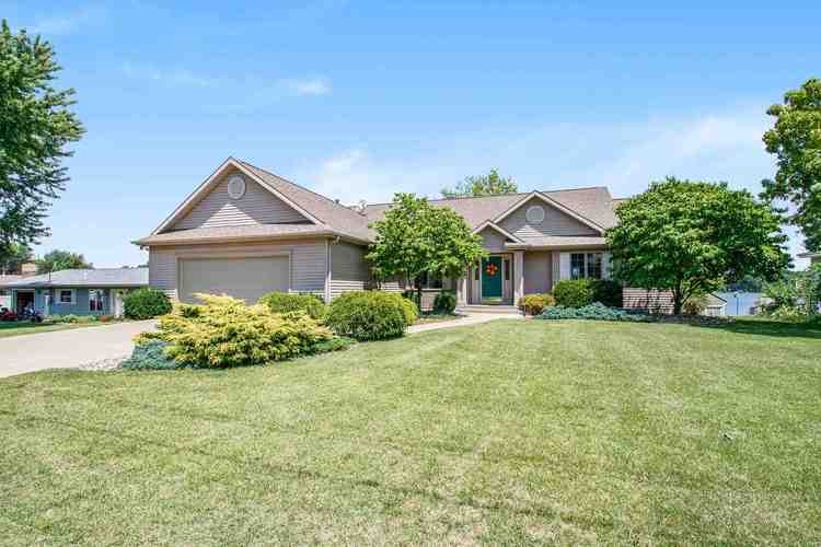 53294  Laplace Drive Middlebury, IN 46540-8919 | MLS 202028860