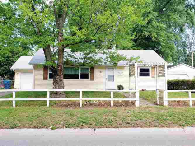 1213  Melbourne Drive New Haven, IN 46774 | MLS 202029345