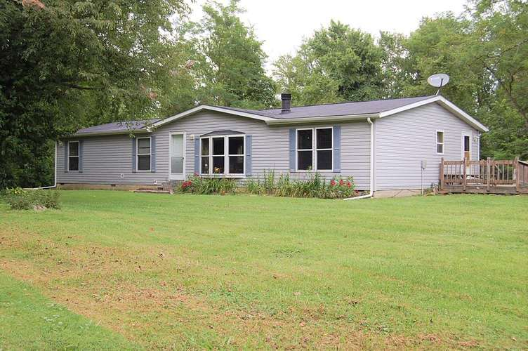 5111 W State Highway 46 Road Spencer, IN 47460 | MLS 202029376