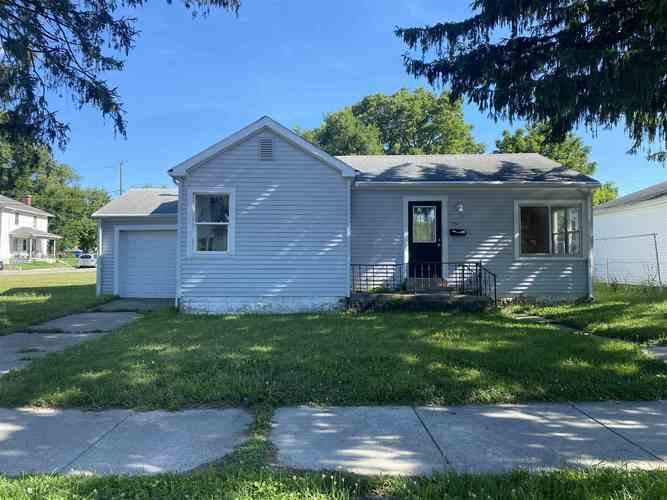 704 E WALNUT Street Kokomo, IN 46901 | MLS 202029456