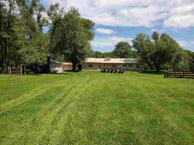 1444 State Road 60 East Mitchell IN 47446   MLS 202029784   photo 15
