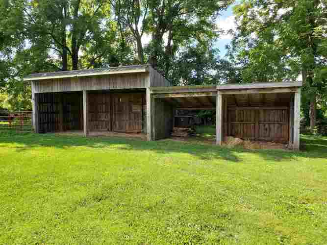 1444 State Road 60 East Mitchell IN 47446   MLS 202029784   photo 16