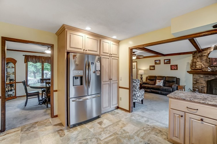 6915 Ordway Drive Fort Wayne IN 46815 | MLS 202029865 | photo 11