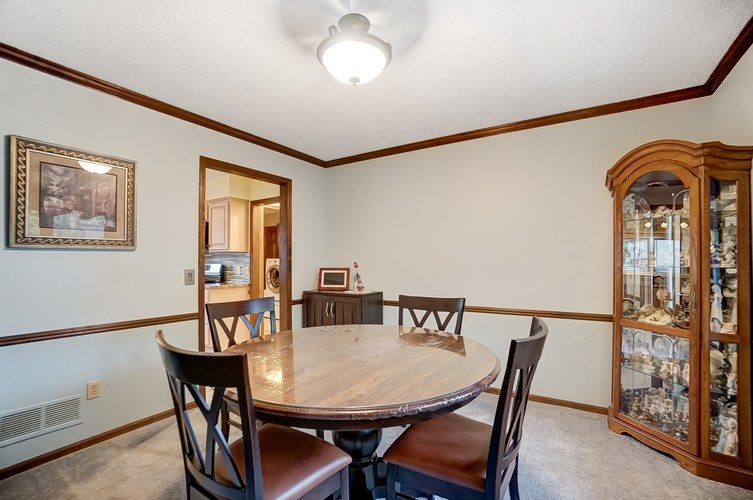 6915 Ordway Drive Fort Wayne IN 46815 | MLS 202029865 | photo 15
