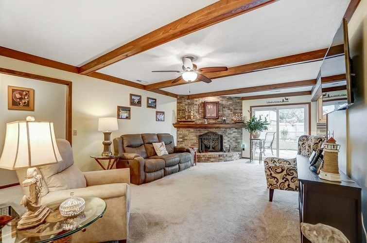 6915 Ordway Drive Fort Wayne IN 46815 | MLS 202029865 | photo 5
