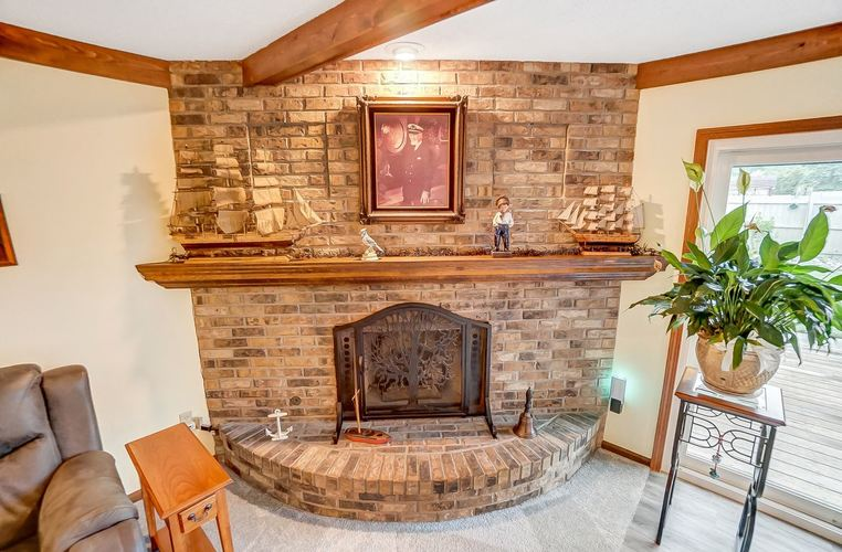6915 Ordway Drive Fort Wayne IN 46815 | MLS 202029865 | photo 8