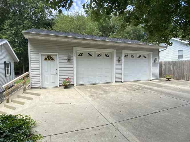 53853 Whitesell Drive South Bend IN 46628 | MLS 202029880 | photo 12