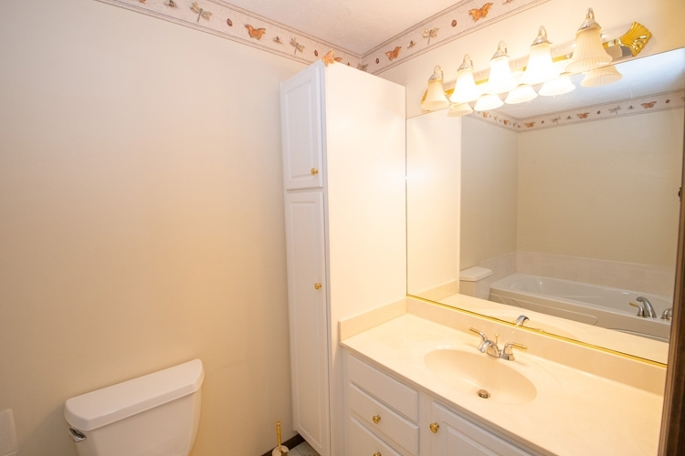 54262 Forest Grove Avenue Elkhart IN 46514 | MLS 202029968 | photo 12