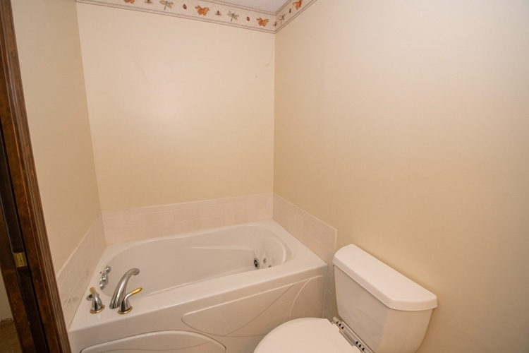 54262 Forest Grove Avenue Elkhart IN 46514 | MLS 202029968 | photo 13