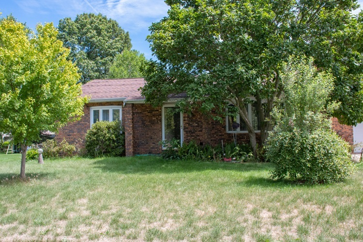 54262 Forest Grove Avenue Elkhart IN 46514 | MLS 202029968 | photo 2