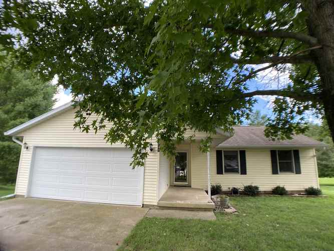 5932 S Glenda Court Bloomington, IN 47403 | MLS 202030125