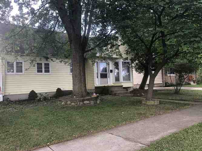 1407  Cherokee Road Fort Wayne, IN 46808-3002 | MLS 202030208