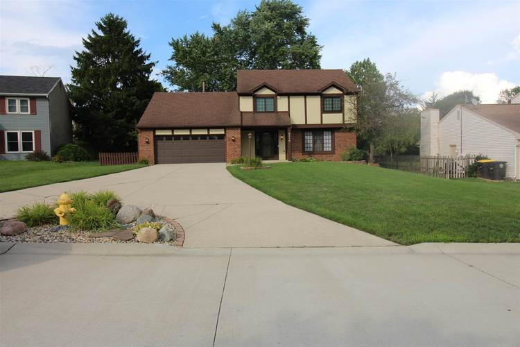 9316  Soaring Hill Place Fort Wayne, IN 46804 | MLS 202030236