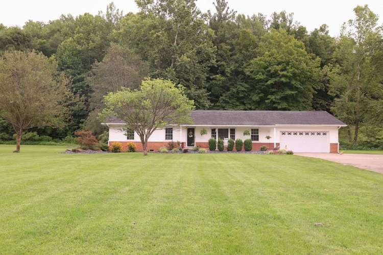 11038 E State Road 56 Road French Lick, IN 47432 | MLS 202030306