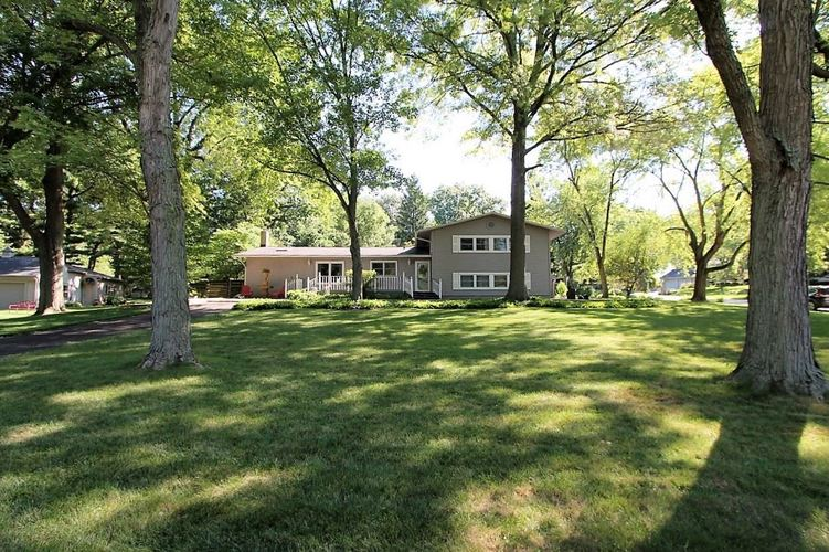 1821  Redwood Lane Lafayette, IN 47905 | MLS 202030550