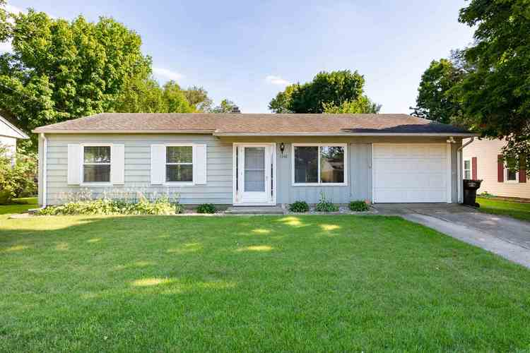 1342  Southlea Drive South Bend, IN 46628   MLS 202030836