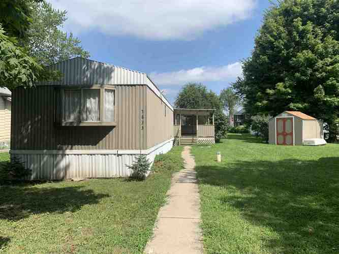 5833 N County Rd. 930 East Street Forest, IN 46039 | MLS 202031382