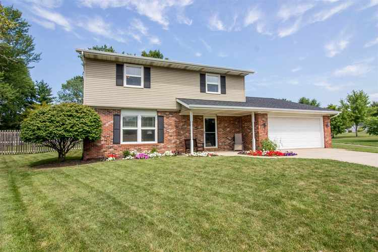 3710  Blythewood Place Fort Wayne, IN 46804 | MLS 202032248