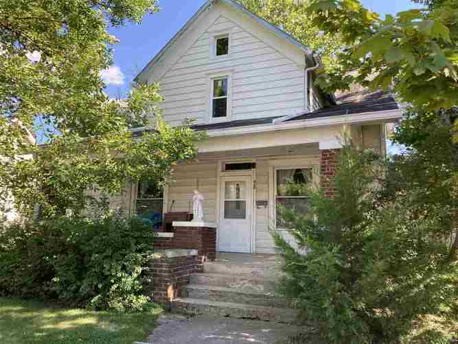 420 W Franklin Street Berne, IN 46711 | MLS 202032315