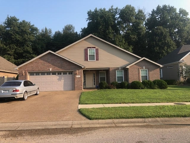 333  Persimmon Circle Boonville, IN 47601   MLS 202033812