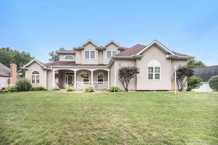 59254  High Pointe Drive South Bend, IN 46614-4100 | MLS 202035322
