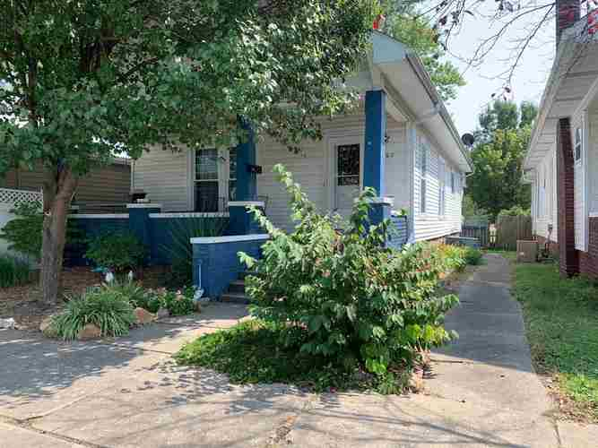114 S Main Street Oakland City, IN 47660 | MLS 202036211