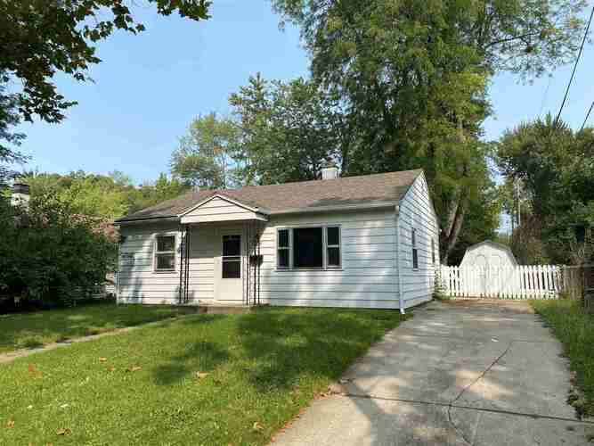 1409 E Fairfax Avenue Fort Wayne, IN 46806 | MLS 202037570