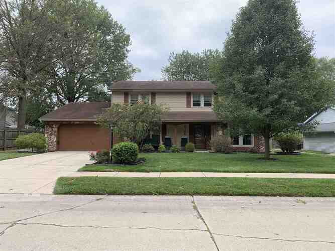 8126  Redstone Drive Fort Wayne, IN 46835 | MLS 202037620
