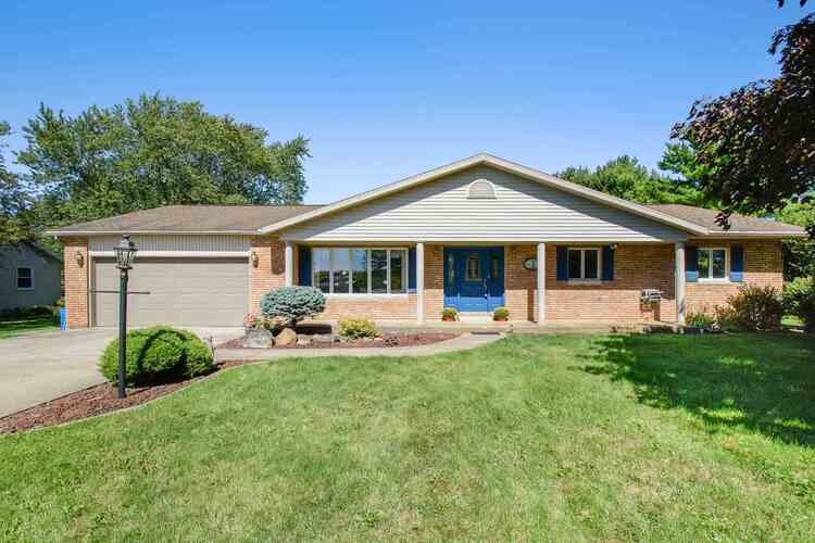 28839  County Road 42  Wakarusa, IN 46573 | MLS 202038214