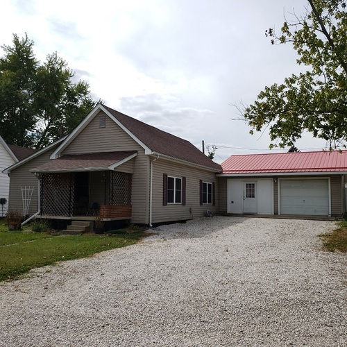 1015  Cleveland Street Bicknell, IN 47512 | MLS 202038282
