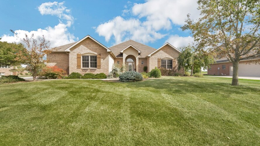 3410  TIMBER VALLEY Drive Kokomo, IN 46902 | MLS 202038420