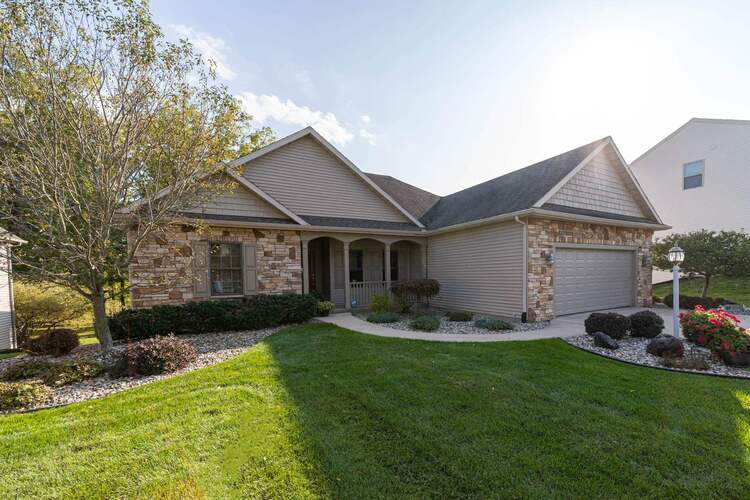 25678  Rolling Hills Drive South Bend, IN 46628-9586   MLS 202039036