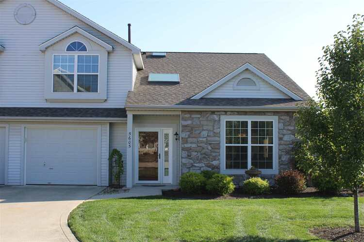 5605  Thornbriar Lane Fort Wayne, IN 46835 | MLS 202039189