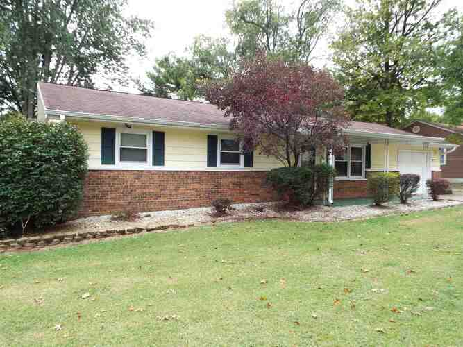 501 W Mulberry Street Princeton, IN 47670   MLS 202039881