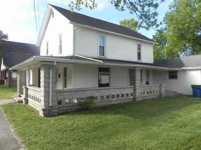 106 S 1st Street North Manchester, IN 46962   MLS 202039978