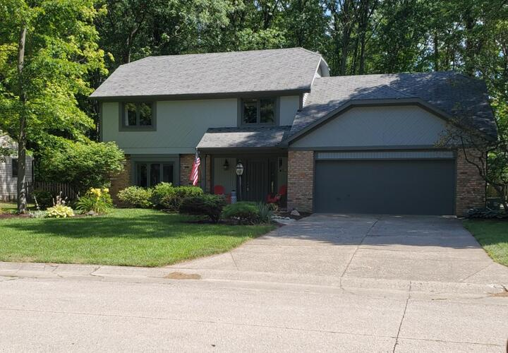 8823  Village Grove Drive Fort Wayne, IN 46804 | MLS 202040063