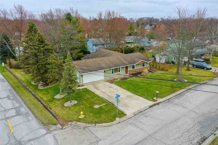 643  Crown Hill Drive West  Wabash, IN 46992 | MLS 202040818
